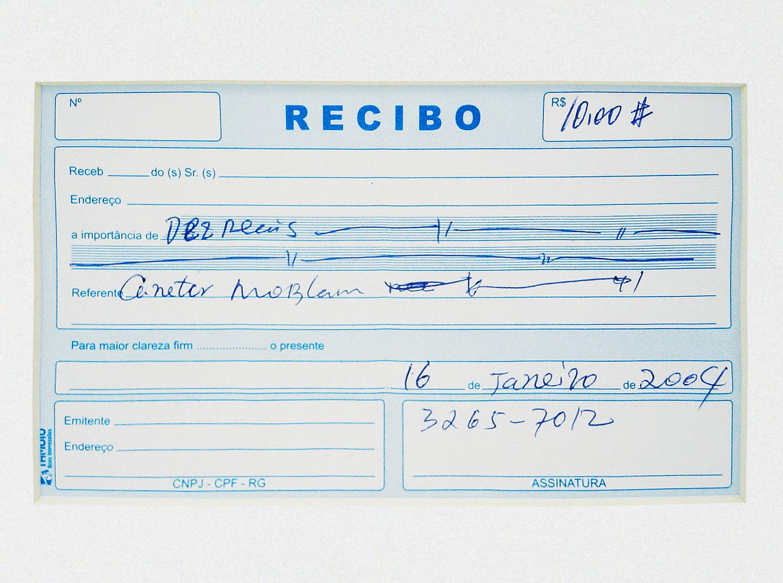 Mont Blanc: R$ 10,00 (série O Que Te Seduz) (detalhe) •  2003/2004 •  Fotografia, impressão digital, recibo de compra •  110 x 60 cm, 30 x 30 cm (díptico)