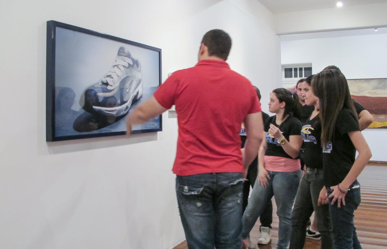 Nike: R$ 35,00 (série O Que Te Seduz) (detalhe) •  2003/2004 •  Fotografia, impressão digital, recibo de compra •69 x 120 cm, 30 x 30 cm (díptico)• Coleção MARP - Museu de Arte de Ribeirão Preto