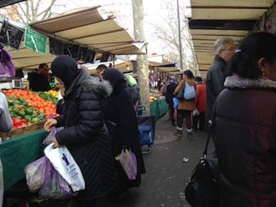 Shoppers at Marché Berthier, 75017