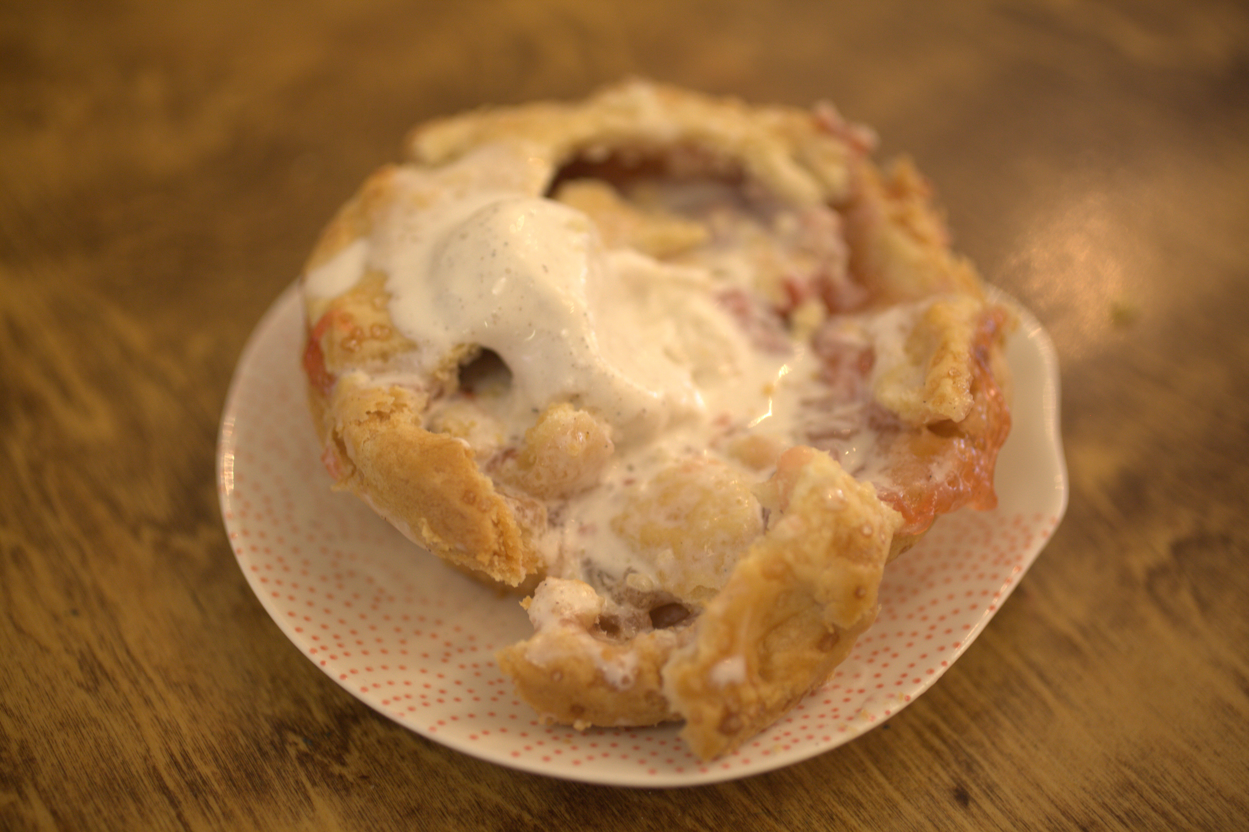 Strawberry Rhubarb Mini Pie