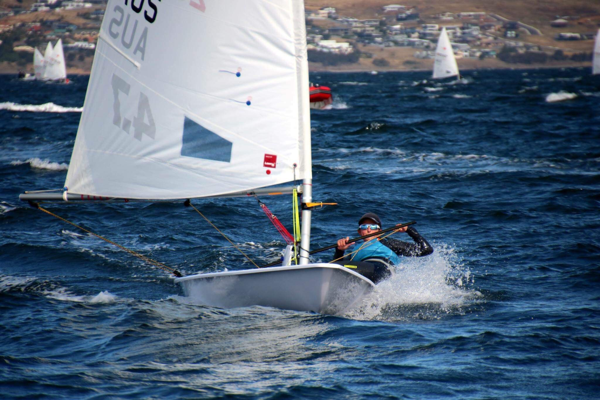 Evie Saunders shows how to keep the boat flat in high winds. From the Nationals earlier in the year.