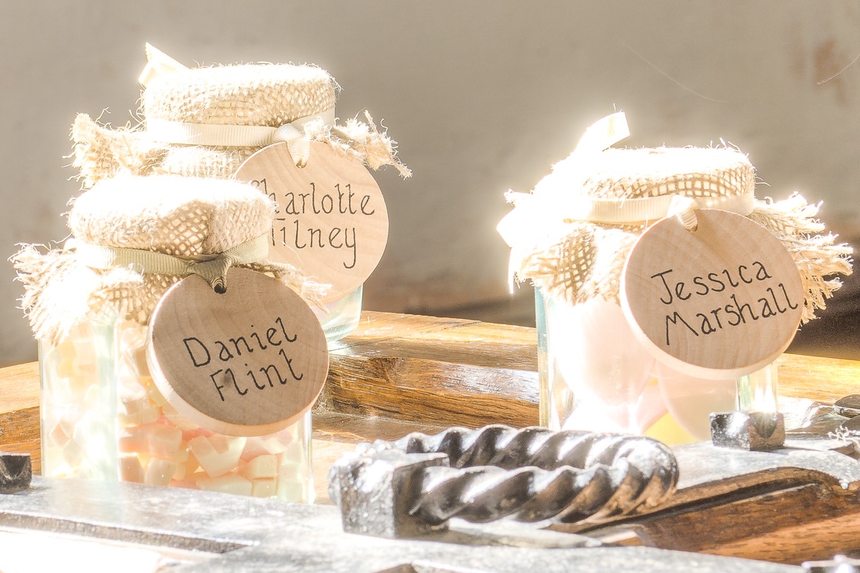 Tulip Cards.com - Favour Jars with Tags