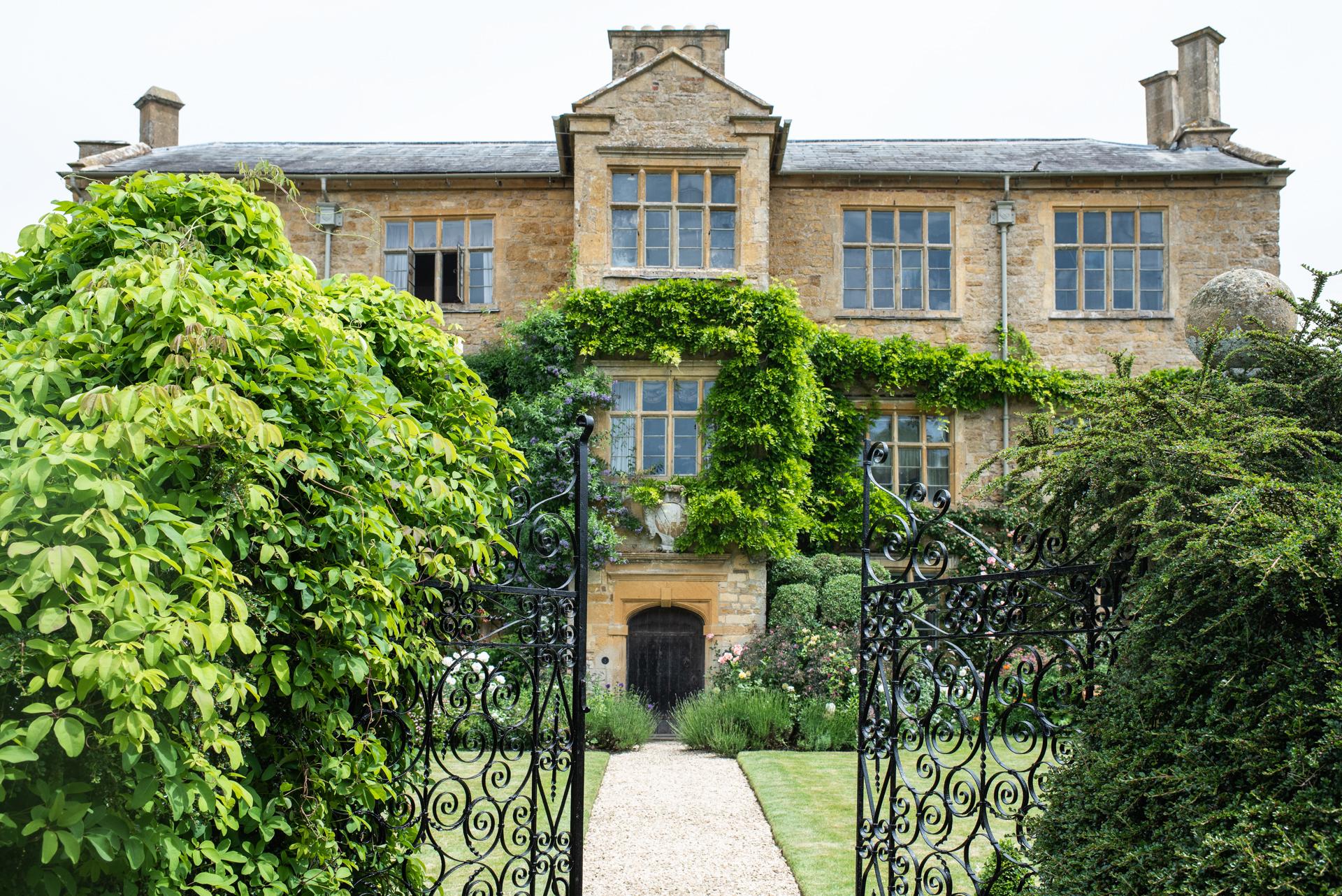 Ebrington Manor Wedding, Gloucestershire, Alexandria Hall Photography (1 of 103).jpg