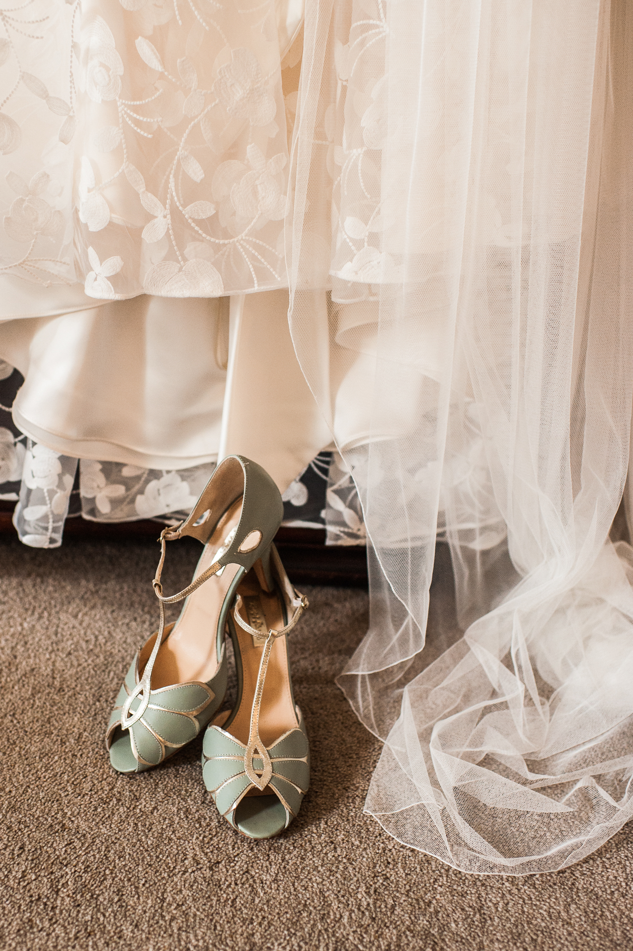 Country Home Wedding, East Sussex, Alexandria Hall Photography (8 of 85).jpg