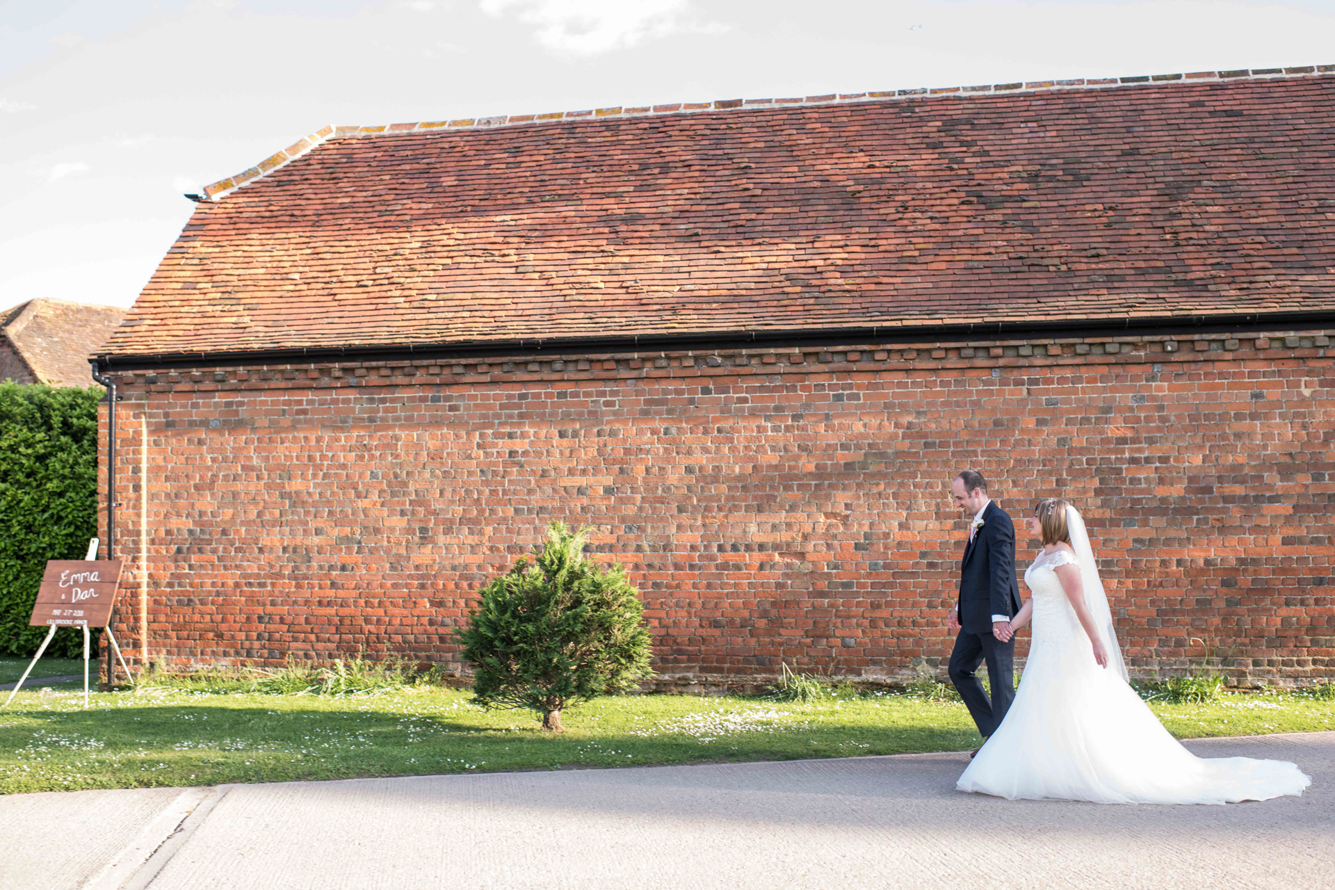 Lillibrook Manor Barn Wedding, Maidenhead, Alexandria Hall Photography (55 of 82).jpg