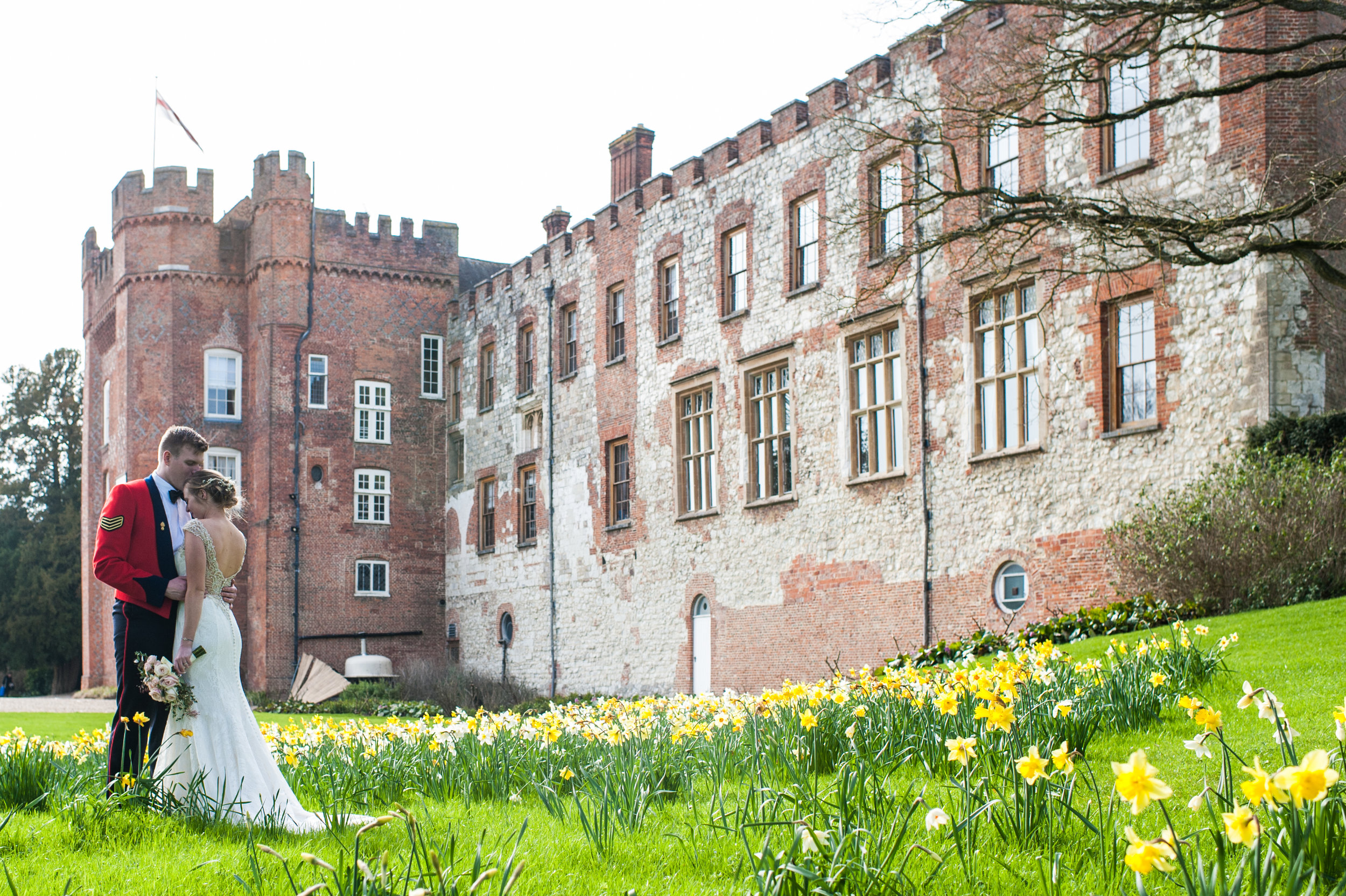 Castle Weddings - A castle wedding is the perfect place for your modern fairy tale to come to life. Say your vows amid centuries of history, and add your story to the hundreds that have gone before...it's enough to give you shivers up your spine, isn't it? Click below to see some of my favourite castle weddings.