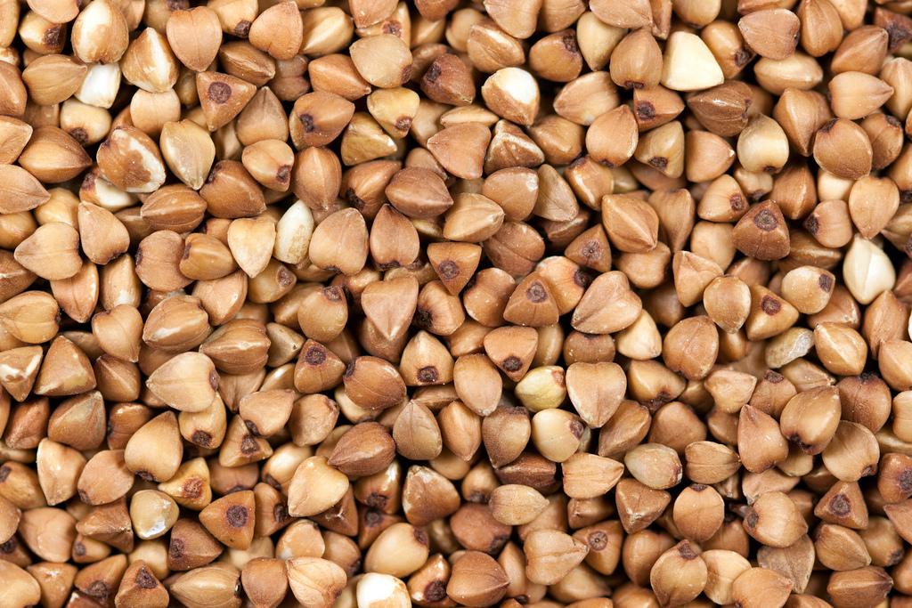 Raw toasted buckwheat groats (kasha)