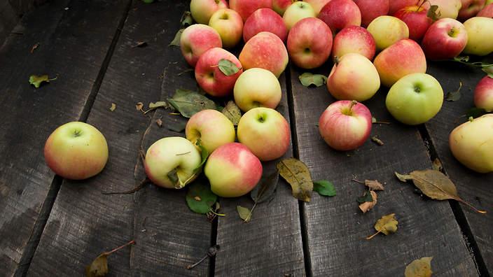 ApplesWood.jpg