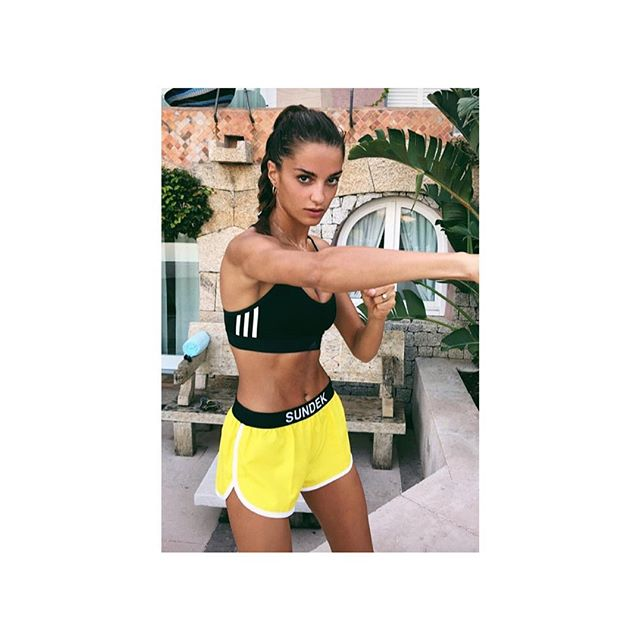 She is so beautiful that rocks @gabriellecaunesil 💥 in @sundek_official ☀️ #sundek #followthesun #sosweetpr #so__style #so__celebs #repost 🙏🏻