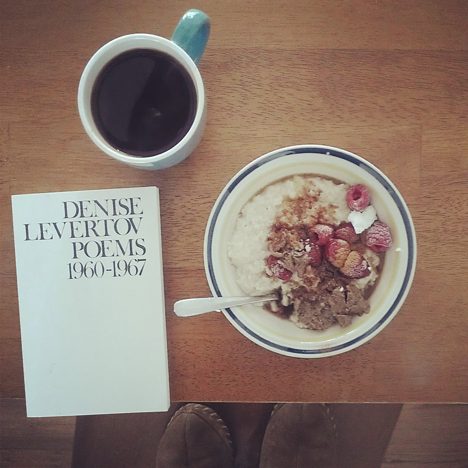 Coffee and oatmeal with berries and ground flax