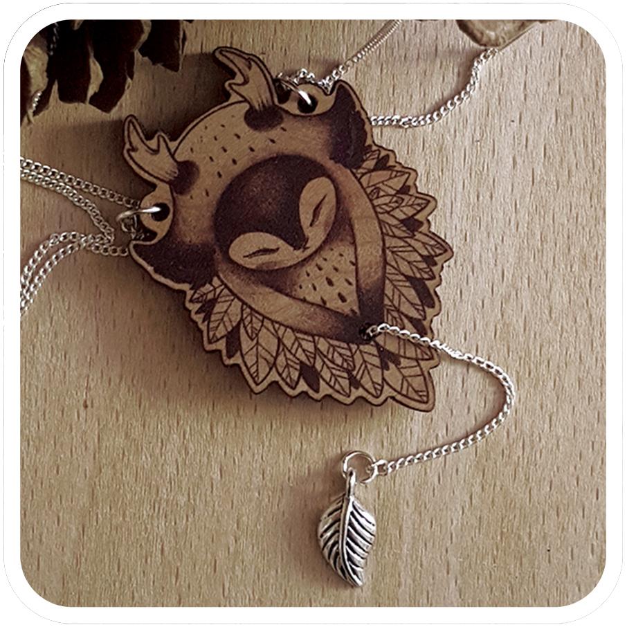 tomodachiisland_necklace_wood_slumbering_guardians.jpg