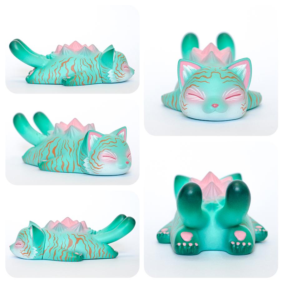 designer_art_toy_tomodachi_island_custom_konatsu_sleeping_negora.jpg