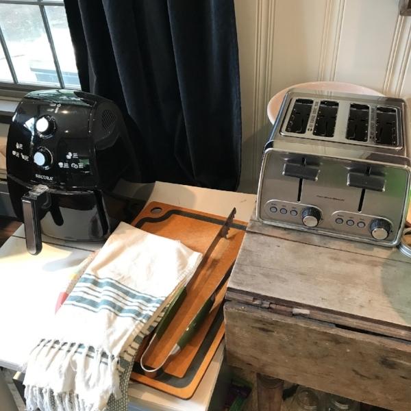 makeshift-kitchen.jpg