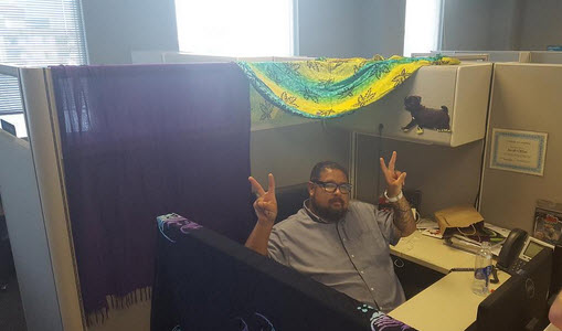 """In my personal cubicle """"playa"""""""
