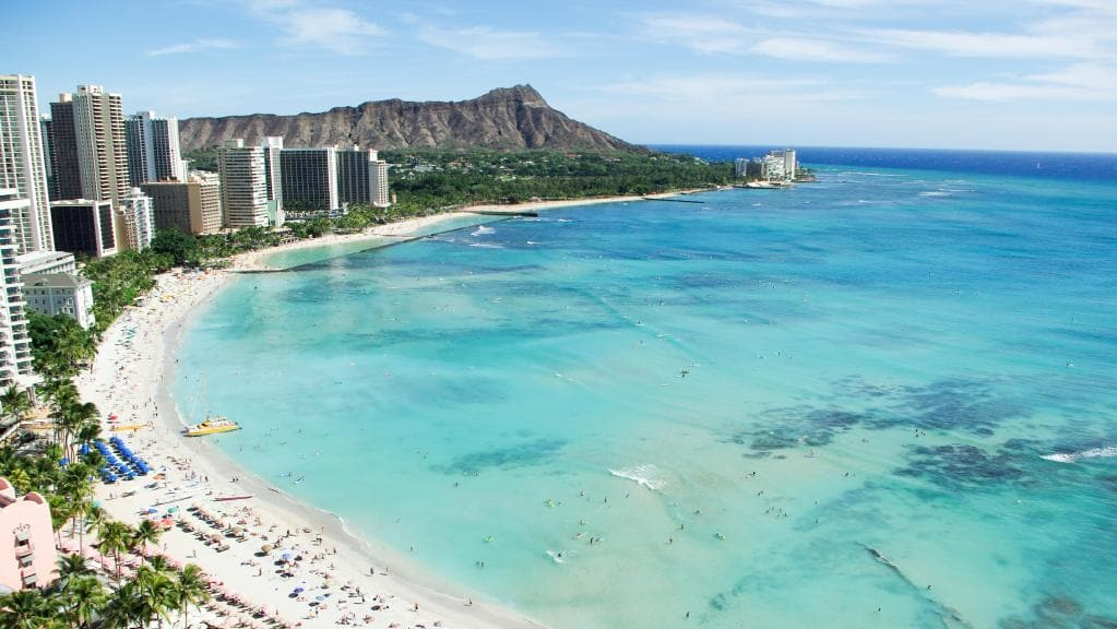 Waikiki Beach - But where is my vacation?