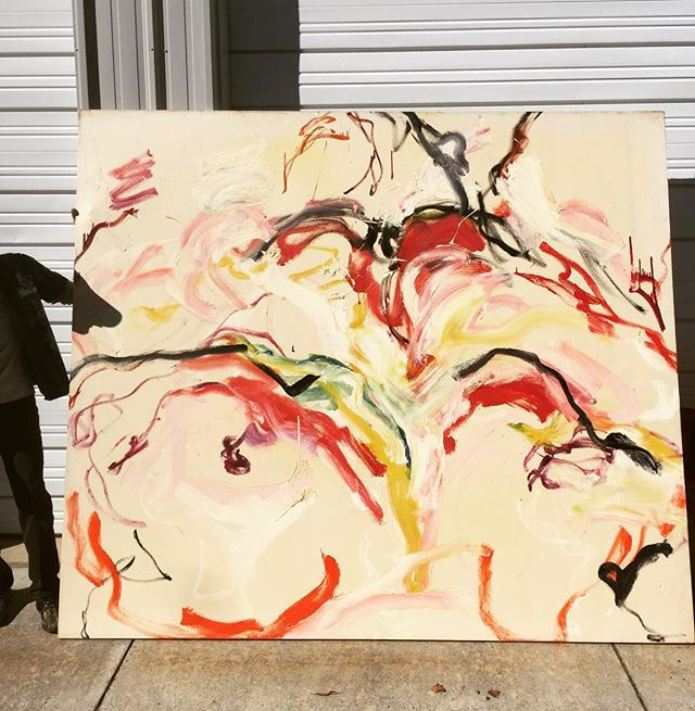 Big love for this big vintage modern painting.  Shadowy figure for scale. 👤