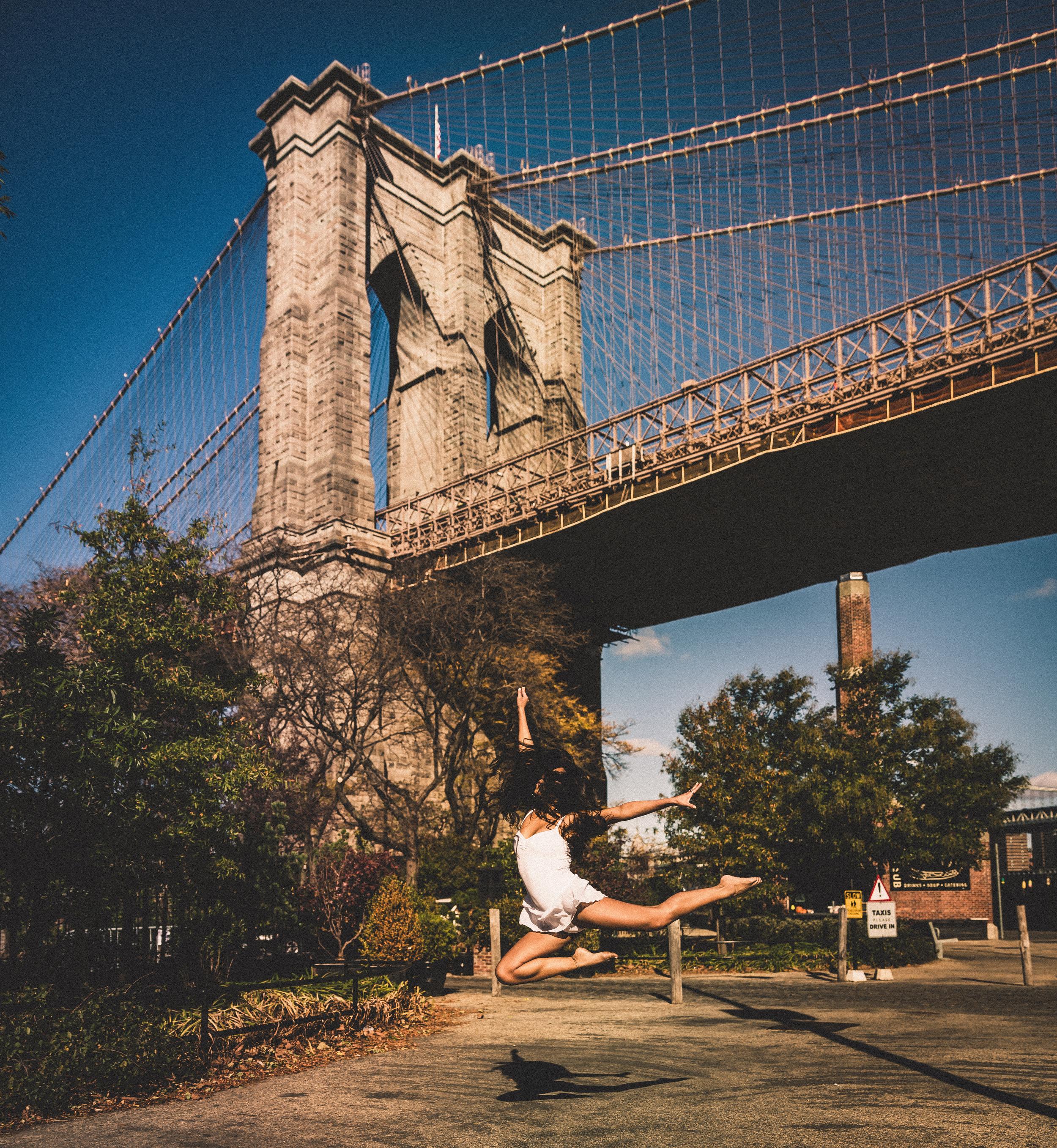 Jessica Janette Dancer NYC Brooklyn Bridge.jpg