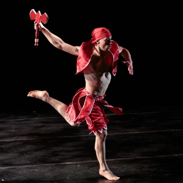 Hunter Houde Dancer ELLAVATIONS NYC