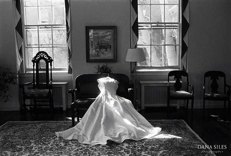 dana-siles-photography-weddings-preparation-03.jpg