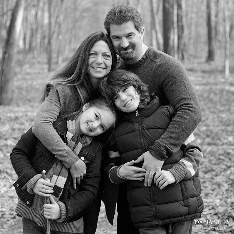 dana-siles-photography-portraits-newhard-family-07.jpg