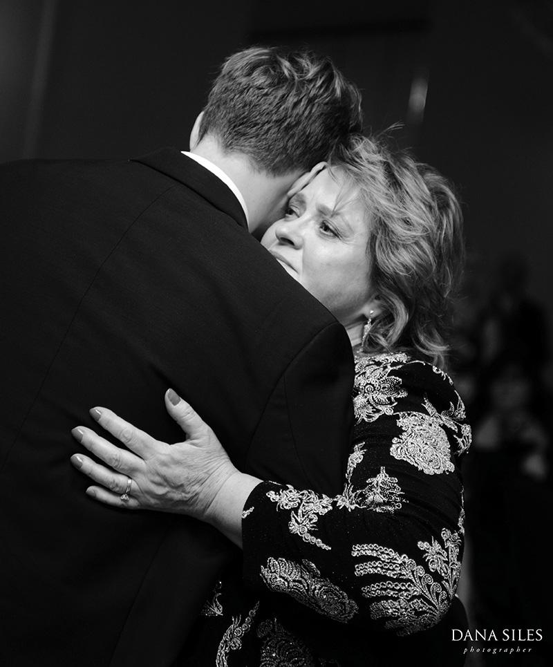 dana-siles-photography-weddings-cocktails-reception-31.jpg