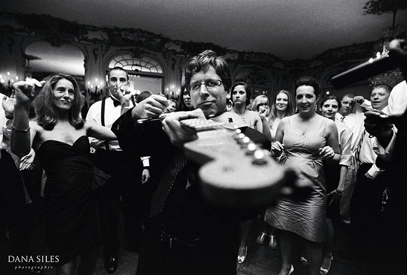 dana-siles-photography-weddings-cocktails-reception-42.jpg