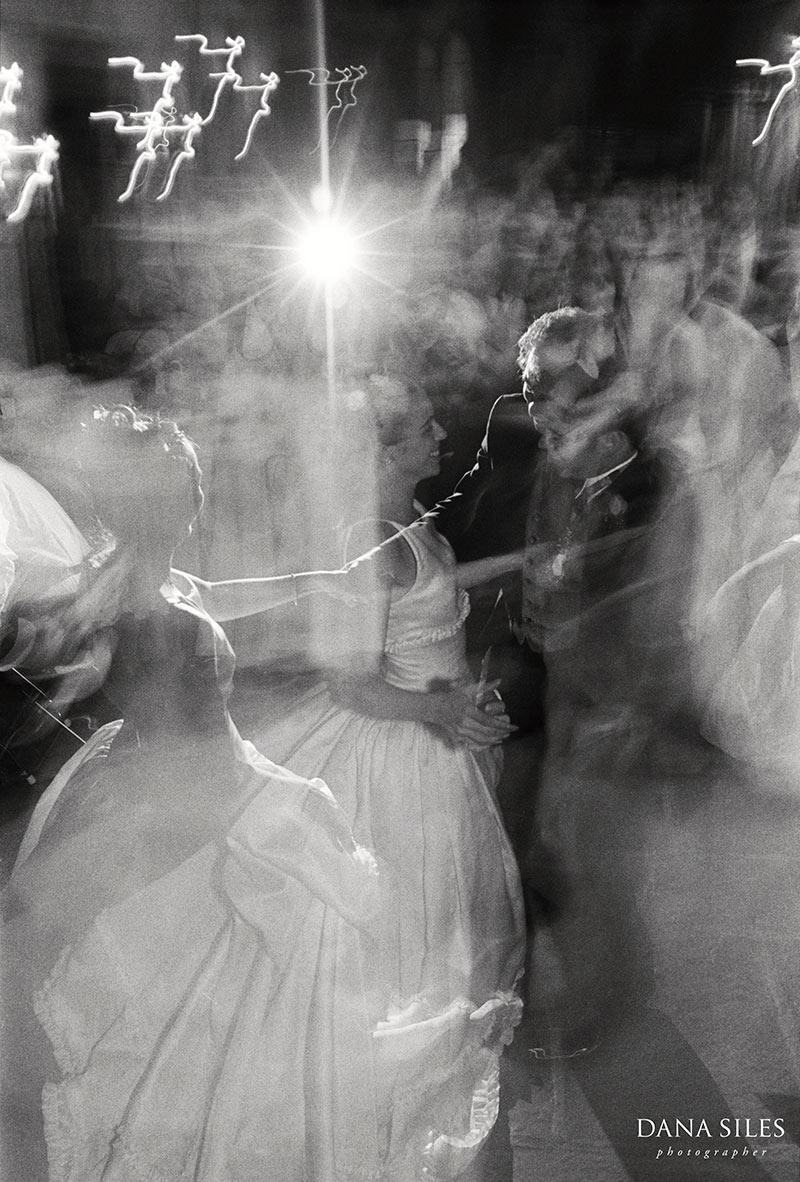dana-siles-photography-weddings-cocktails-reception-48.jpg