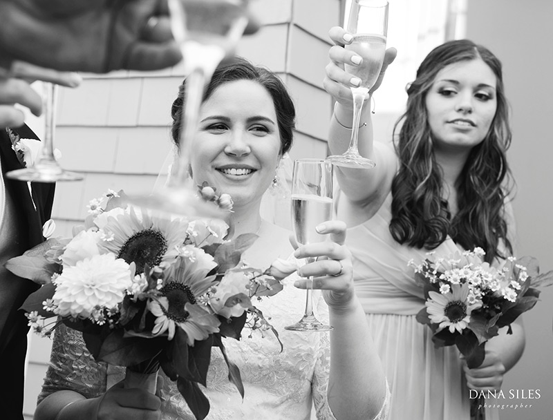 Inn-at-Peaks-Island-Maine-Wedding-Photography-Copr-Dana-Siles-Photographer_16