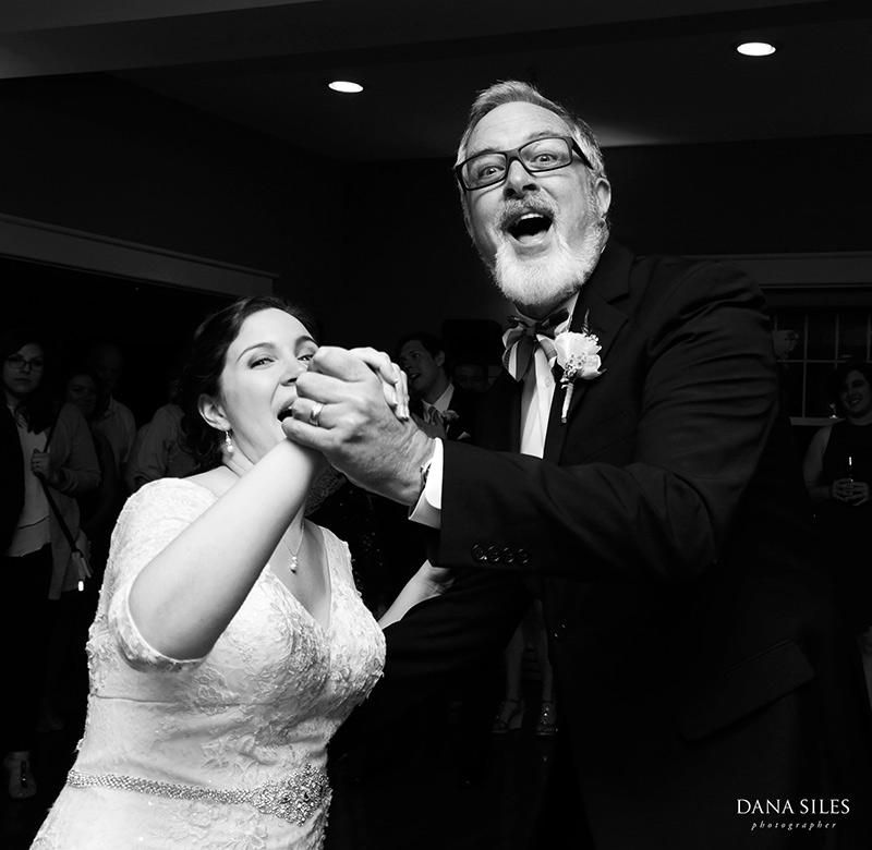 Inn-at-Peaks-Island-Maine-Wedding-Photography-Copr-Dana-Siles-Photographer_52