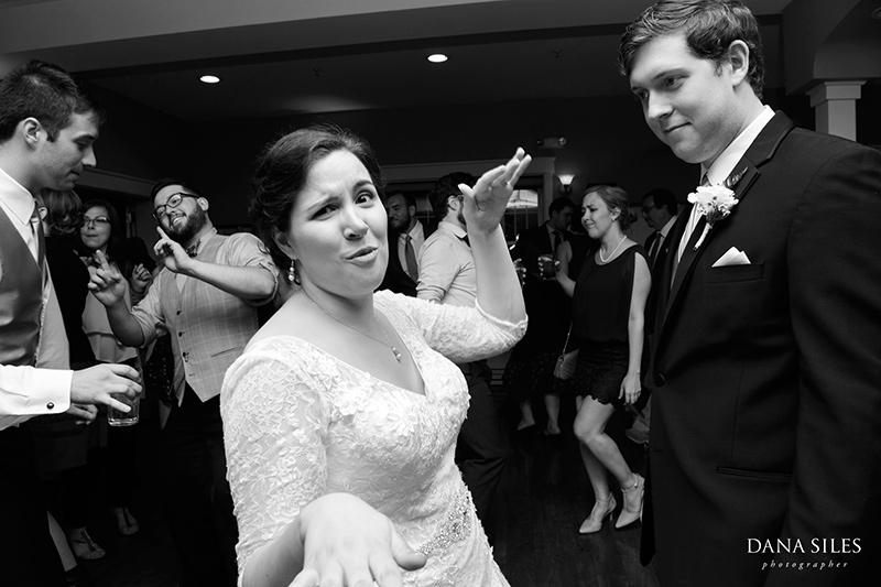 Inn-at-Peaks-Island-Maine-Wedding-Photography-Copr-Dana-Siles-Photographer_55
