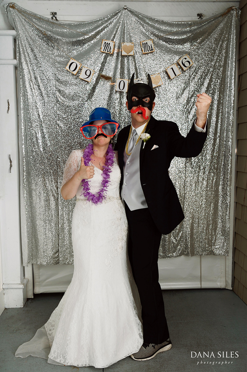 Inn-at-Peaks-Island-Maine-Wedding-Photography-Copr-Dana-Siles-Photographer_61