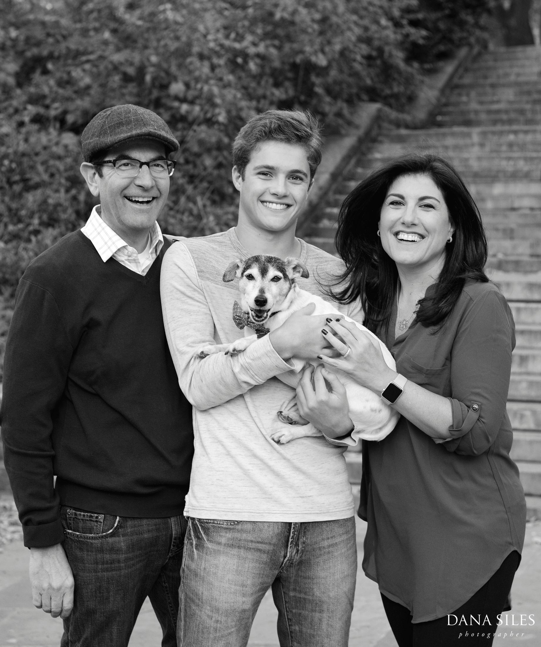 nyc-family-portrait-dana-siles-1