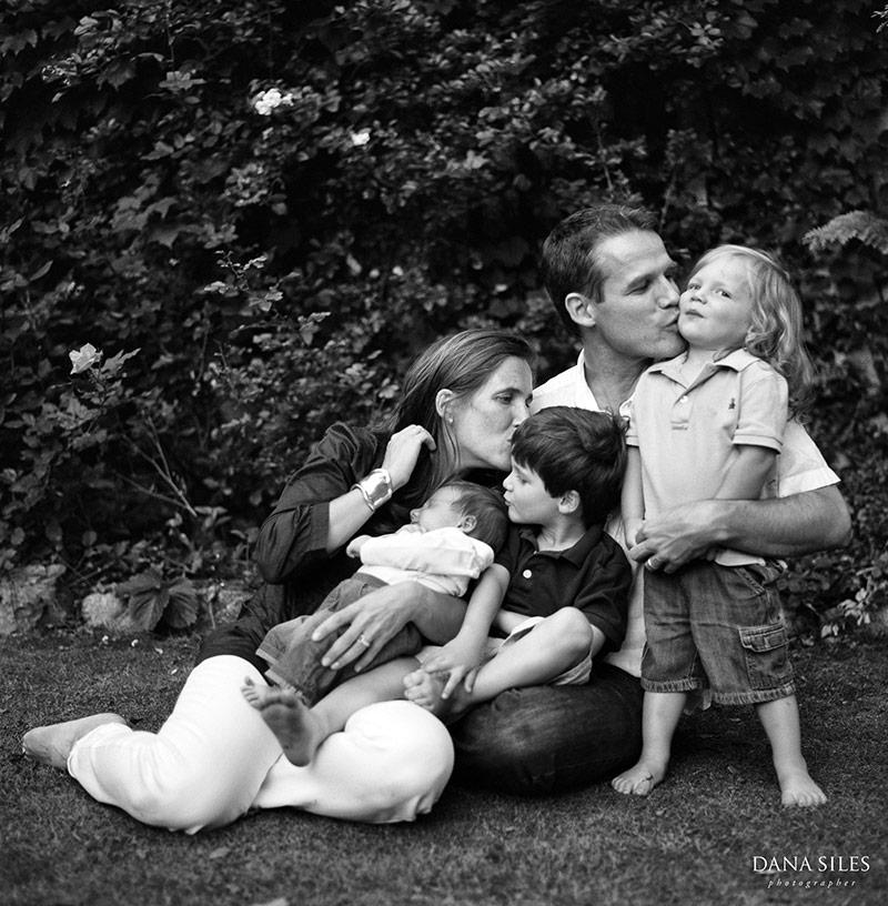 providence-ri-family-portrait-session-dana-siles-3