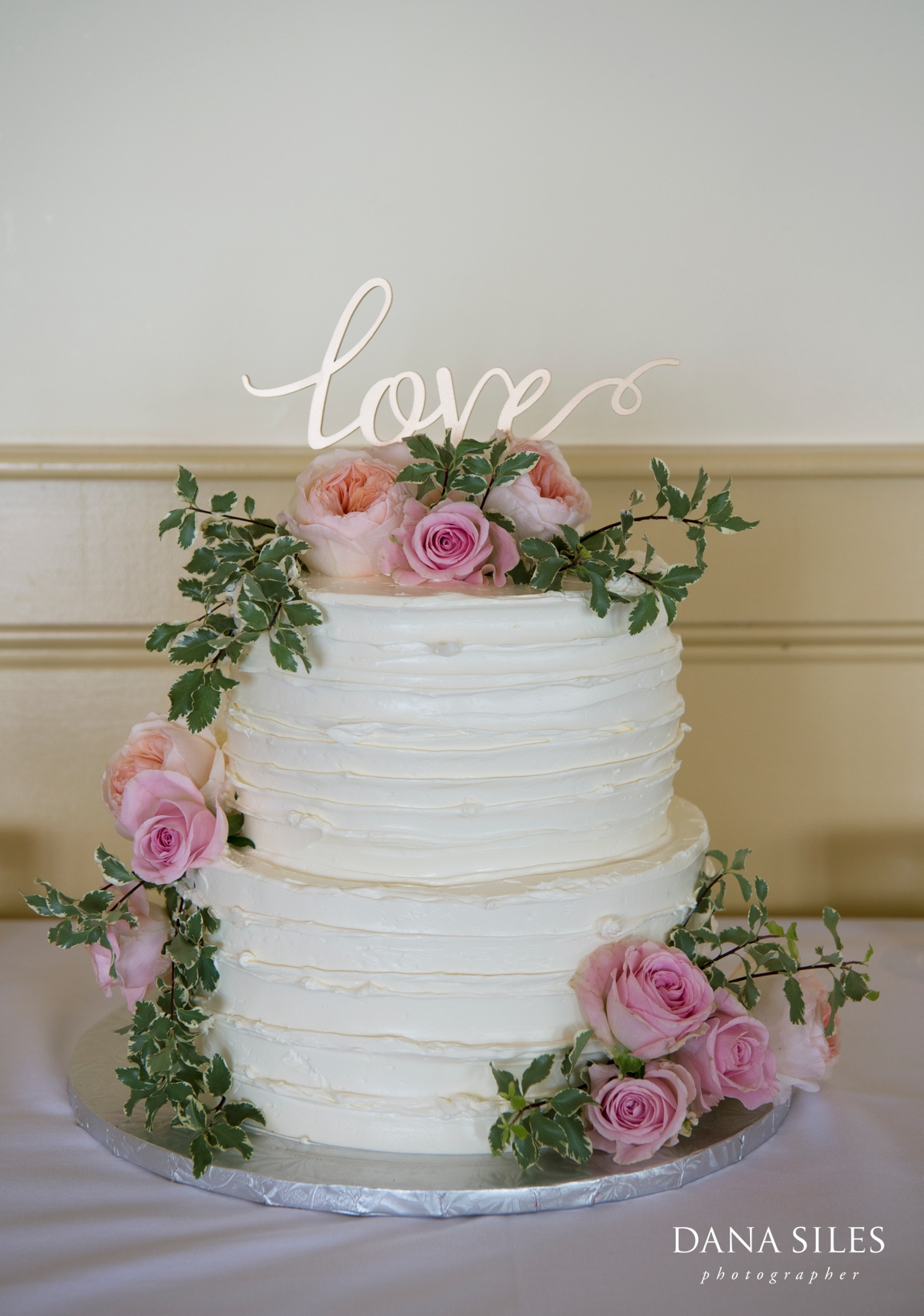 Provincetown-MA-lgbt-wedding-cake-the-red-inn-1
