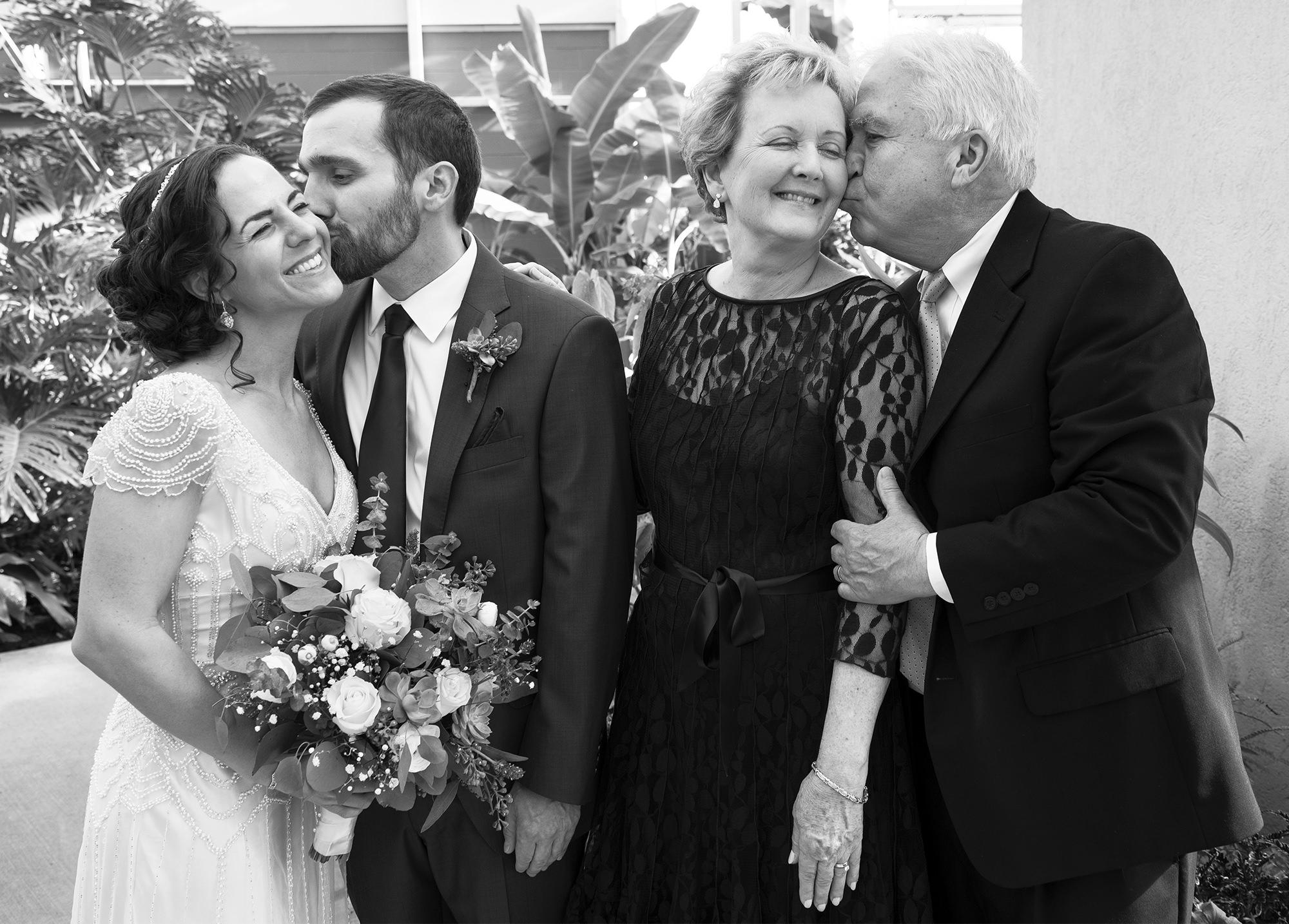 providence-rhode-island-roger-williams-park-wedding
