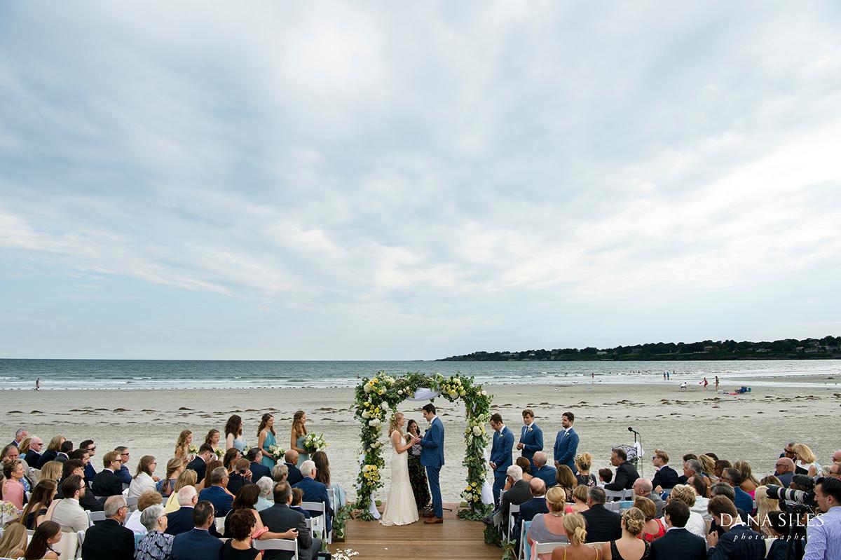 longwood-venues-newport-rhode-island-beach-ceremony
