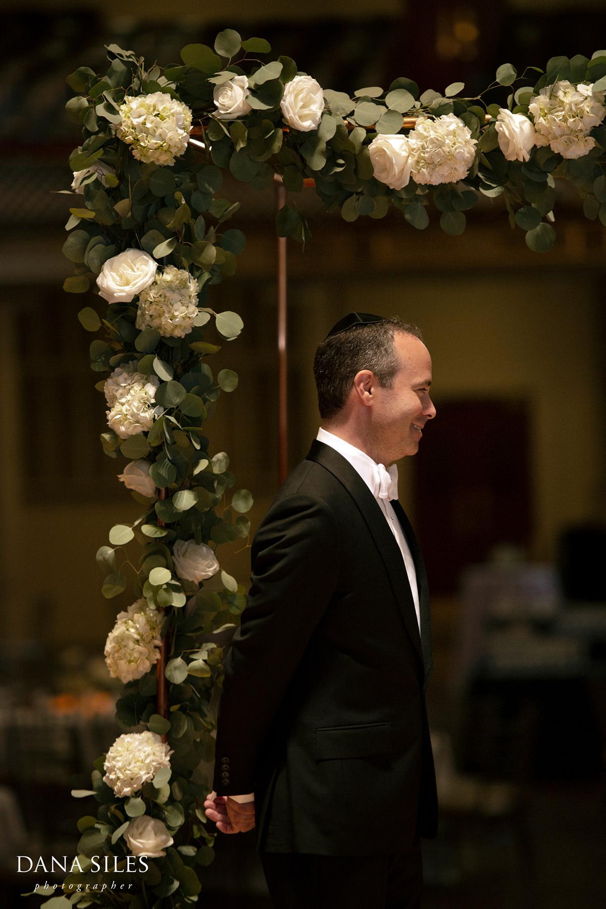boston-symphony-hall-wedding-ceremony-groom