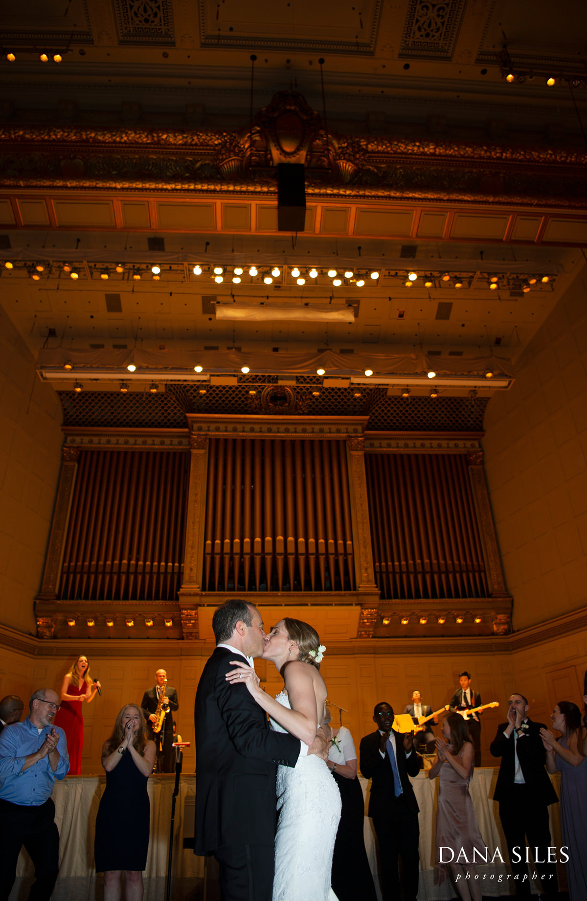 La-Vie-En-Rose-Band-symphony-hall-boston-wedding