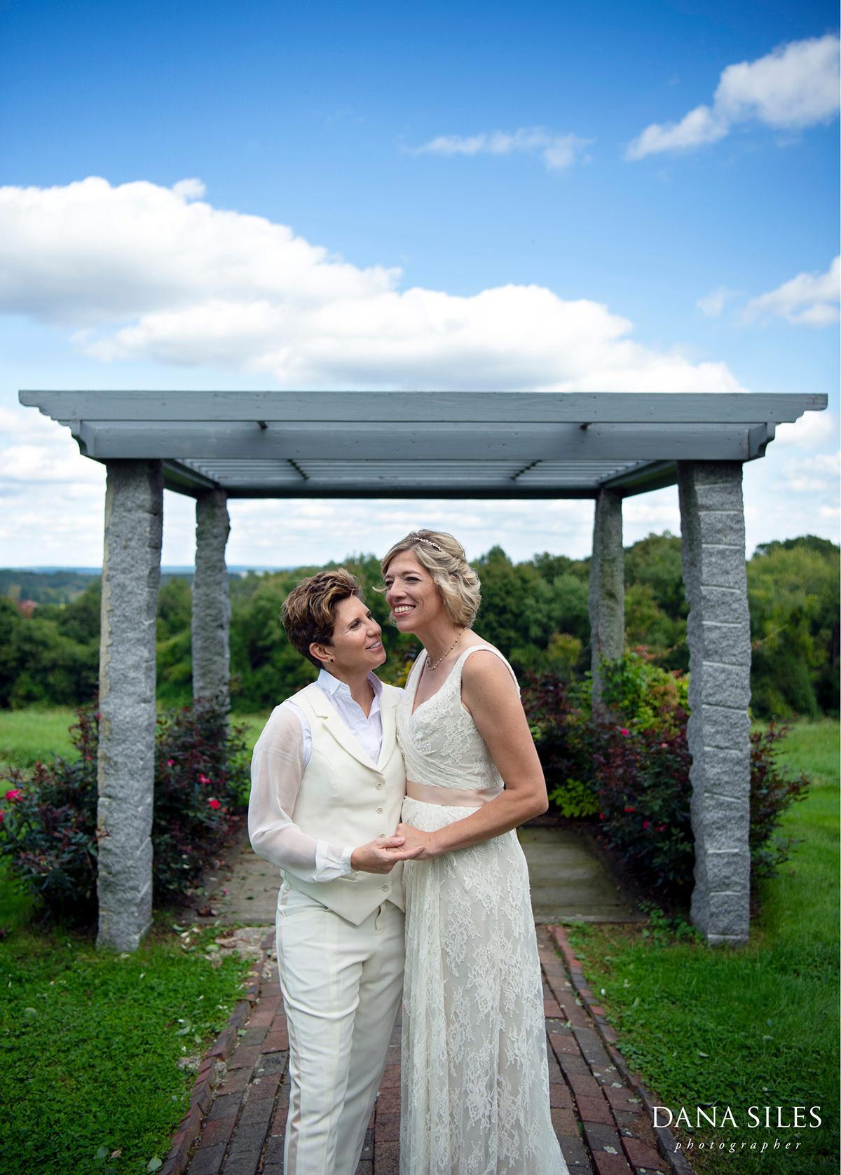 lgbt-wedding-brides-tyrone-farm-pomfret-ct