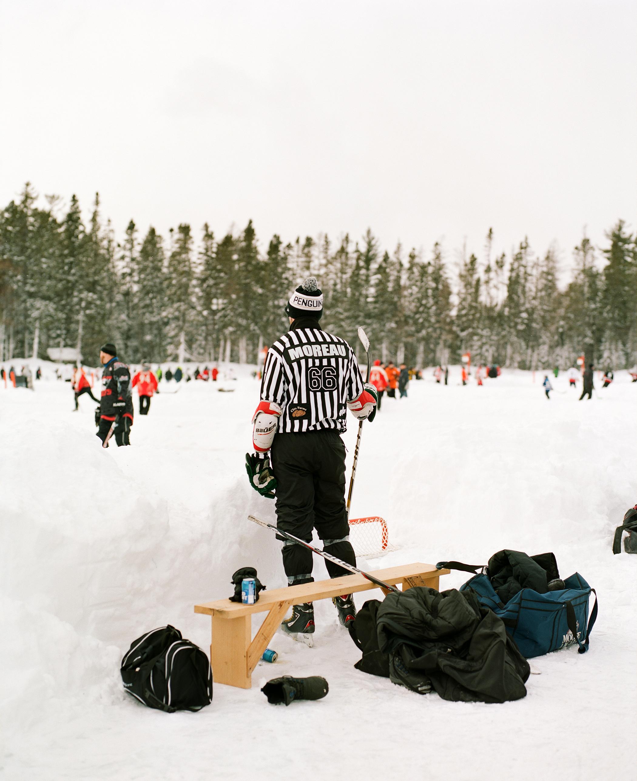 205.EnRoute-PondHockeyFilm_662.jpg
