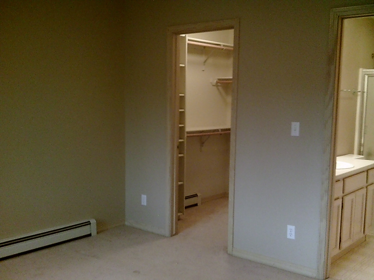 Clearview Condo Master Bed.JPG