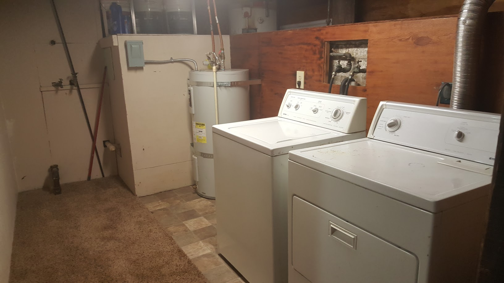 1st St washer Dryer.jpg