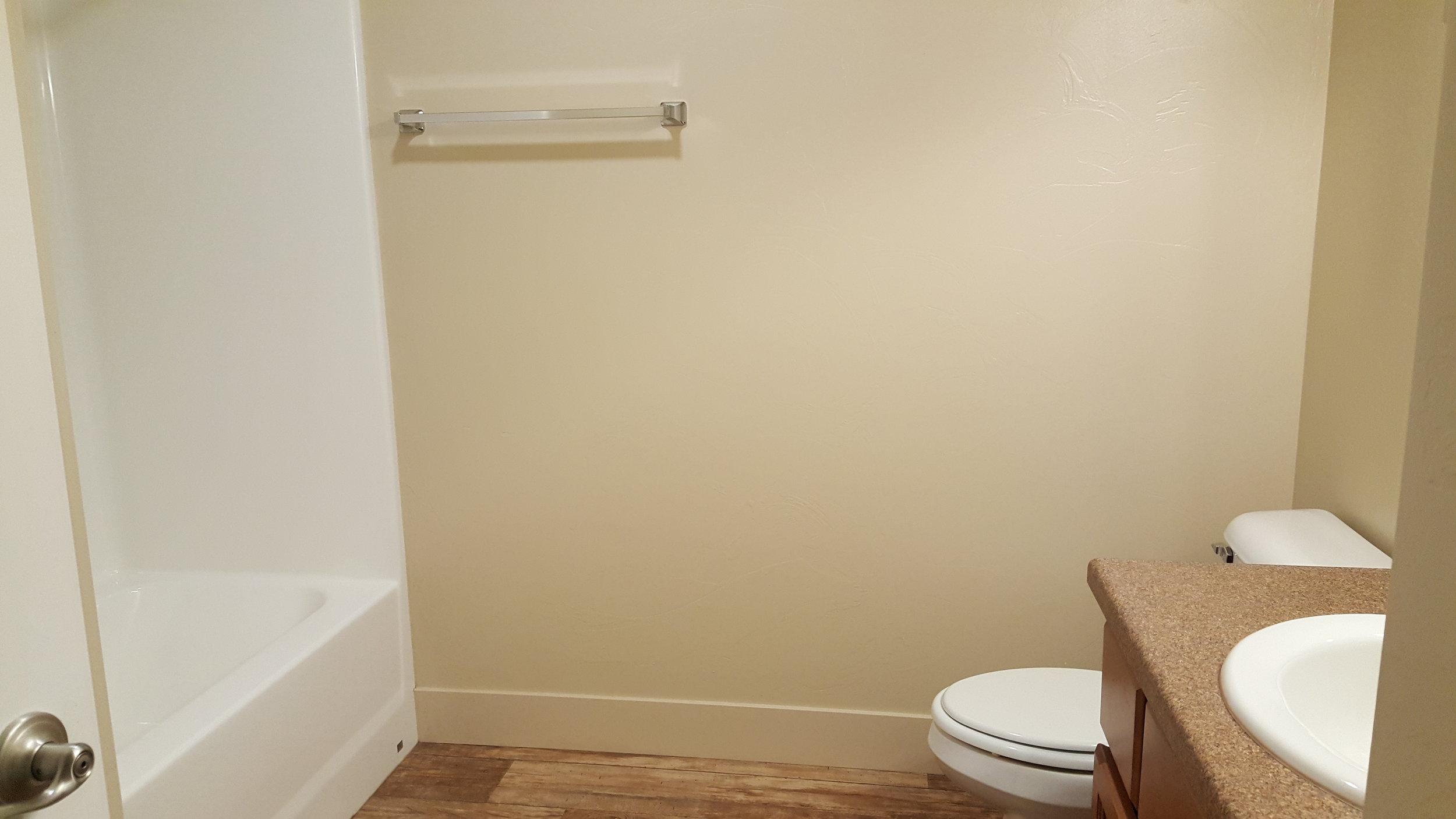 Bathroom #103.jpg