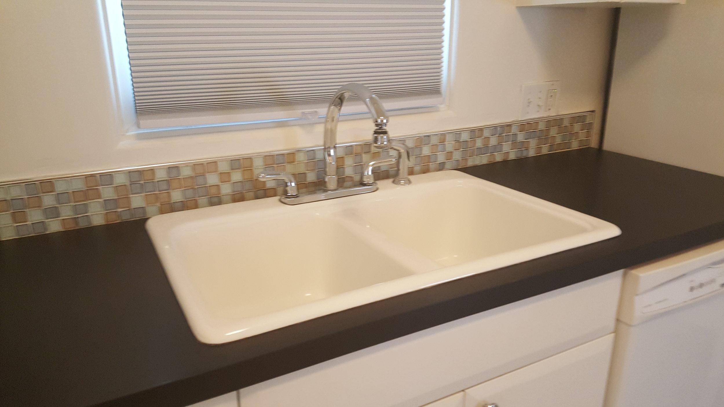 830 Woodford Kitchen Sink.jpg