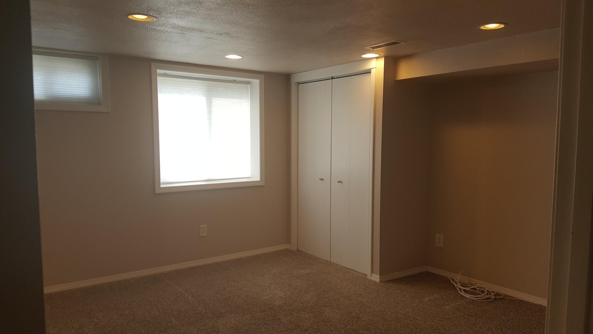 830 Woodford Downstairs Bedroom.jpg
