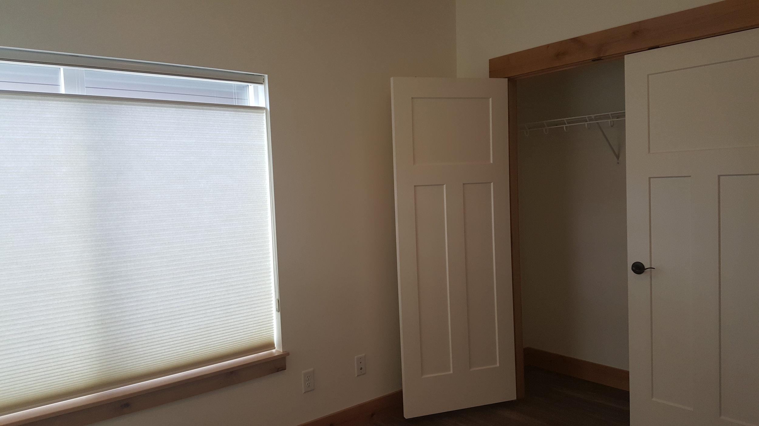 828 Woodford Bedroom.jpg
