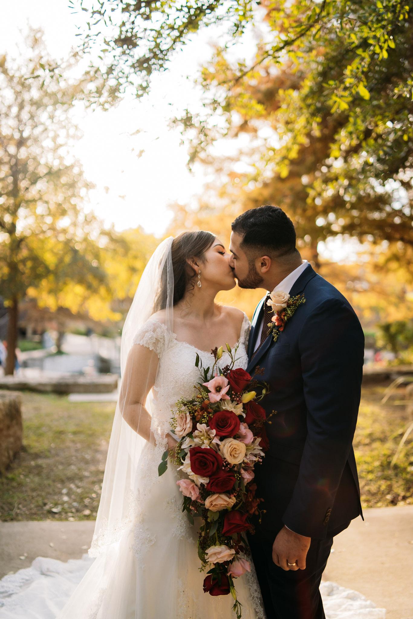 20181124-Brooke-TreyGarcia-Wedding-AdrianGarcia-FOMASCine_BR35366.jpg
