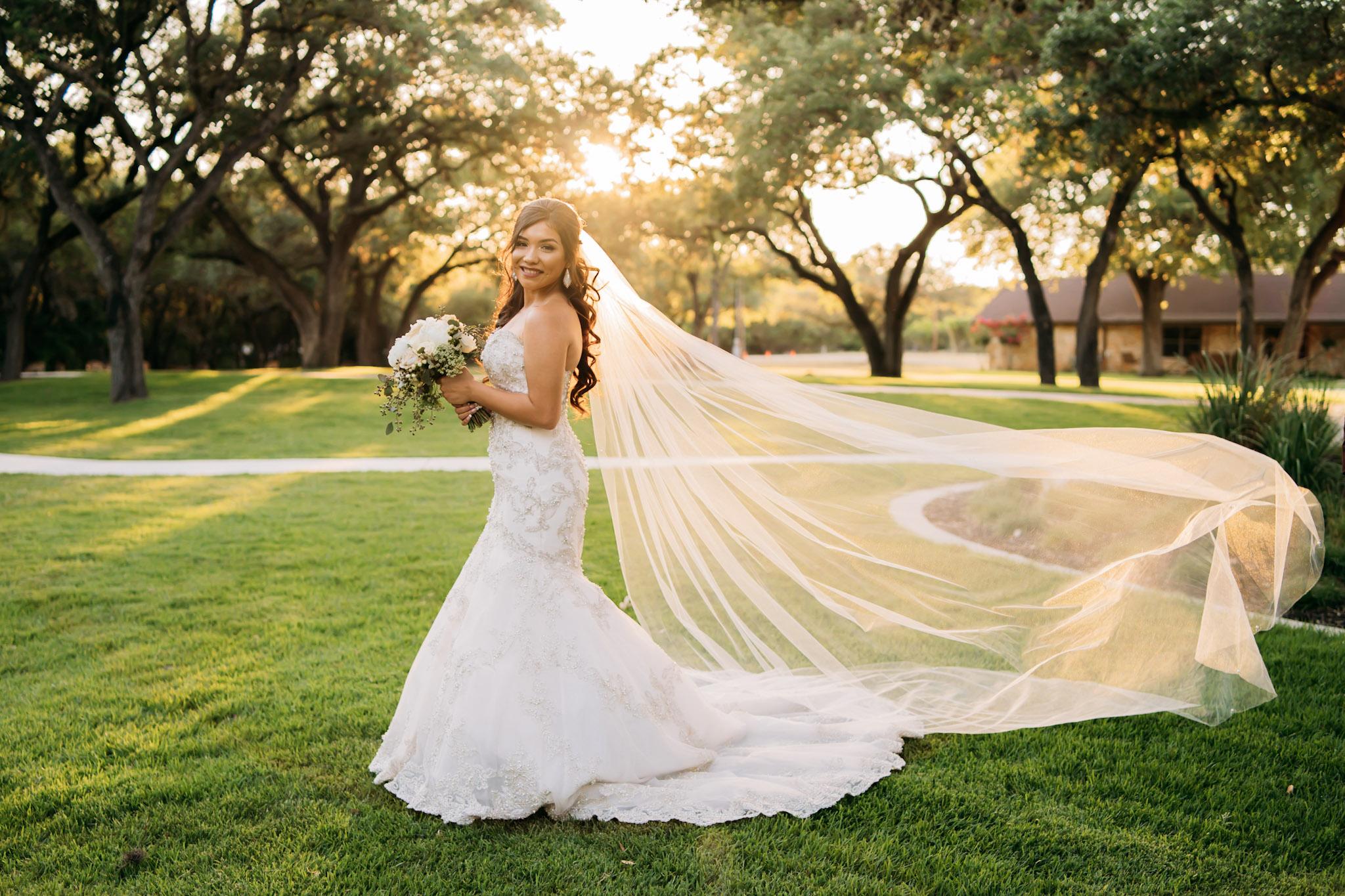 060718-A-JoeDel-Wedding-AdrianRGarcia-FOMAScine_AA98661.jpg
