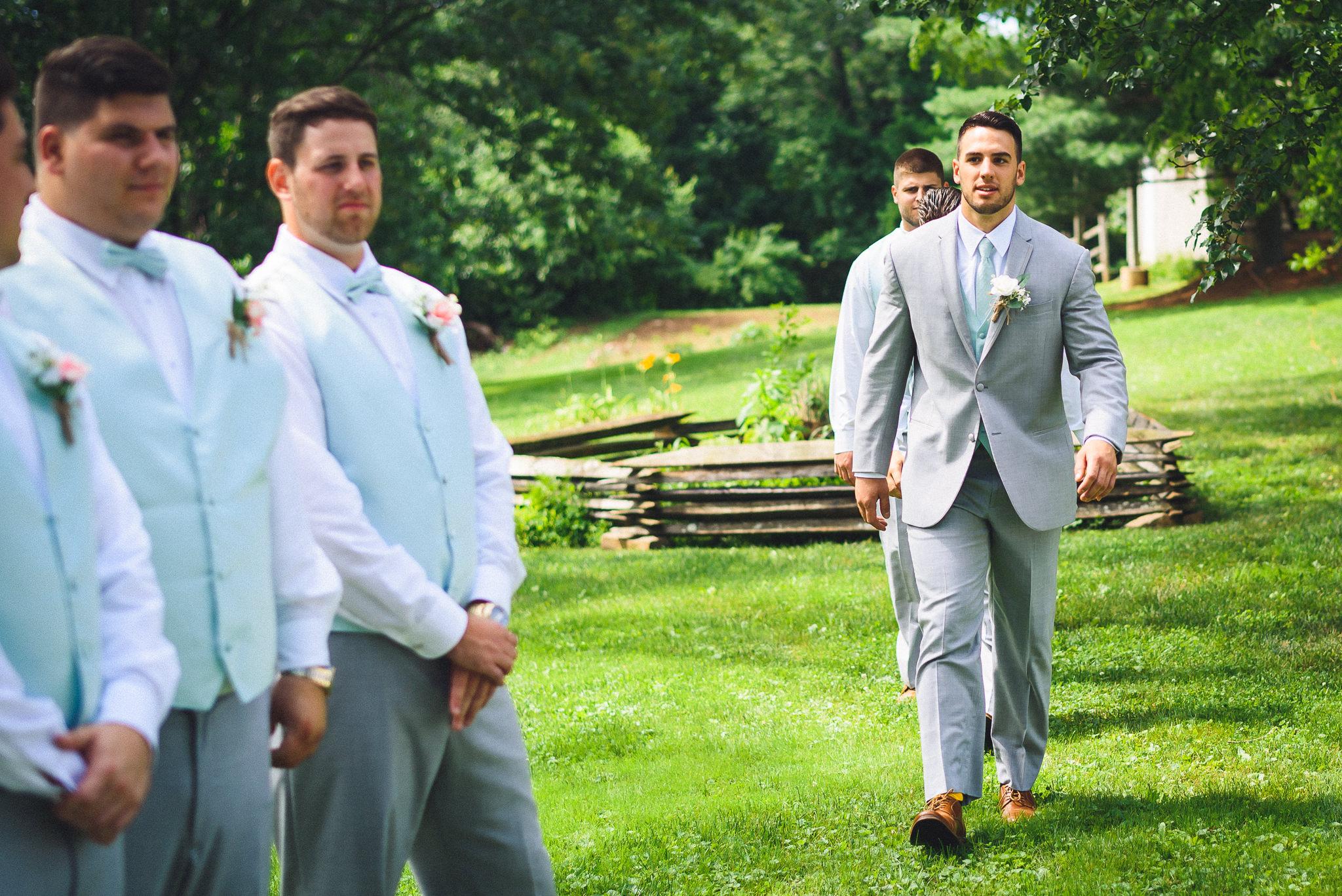 Historic-Stonebrook-Farm-Wedding-Photographer-0021.jpg