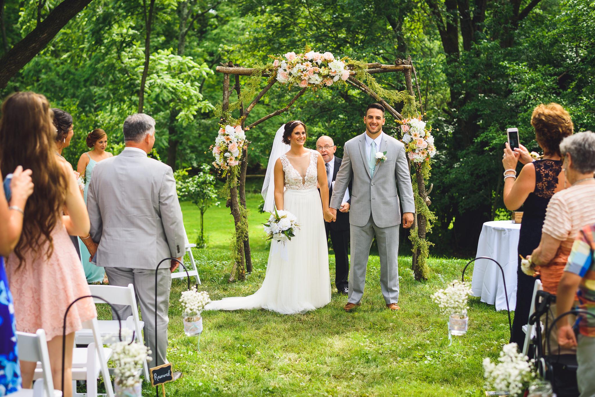 Historic-Stonebrook-Farm-Wedding-Photographer-0039.jpg